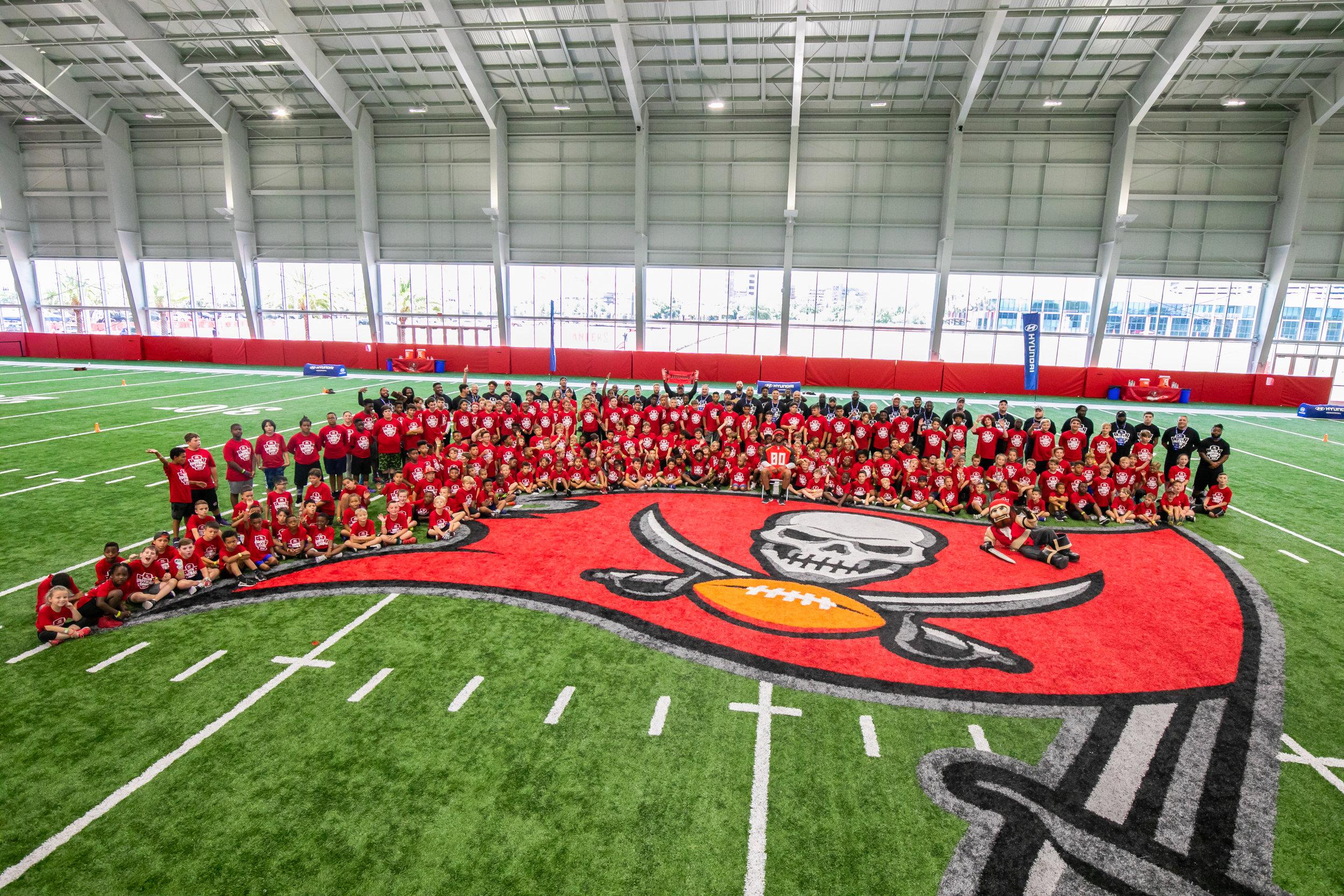 OHelloMedia-Hyundai-YouthFootballCamps-TampaBay-TopSelect--51.jpg