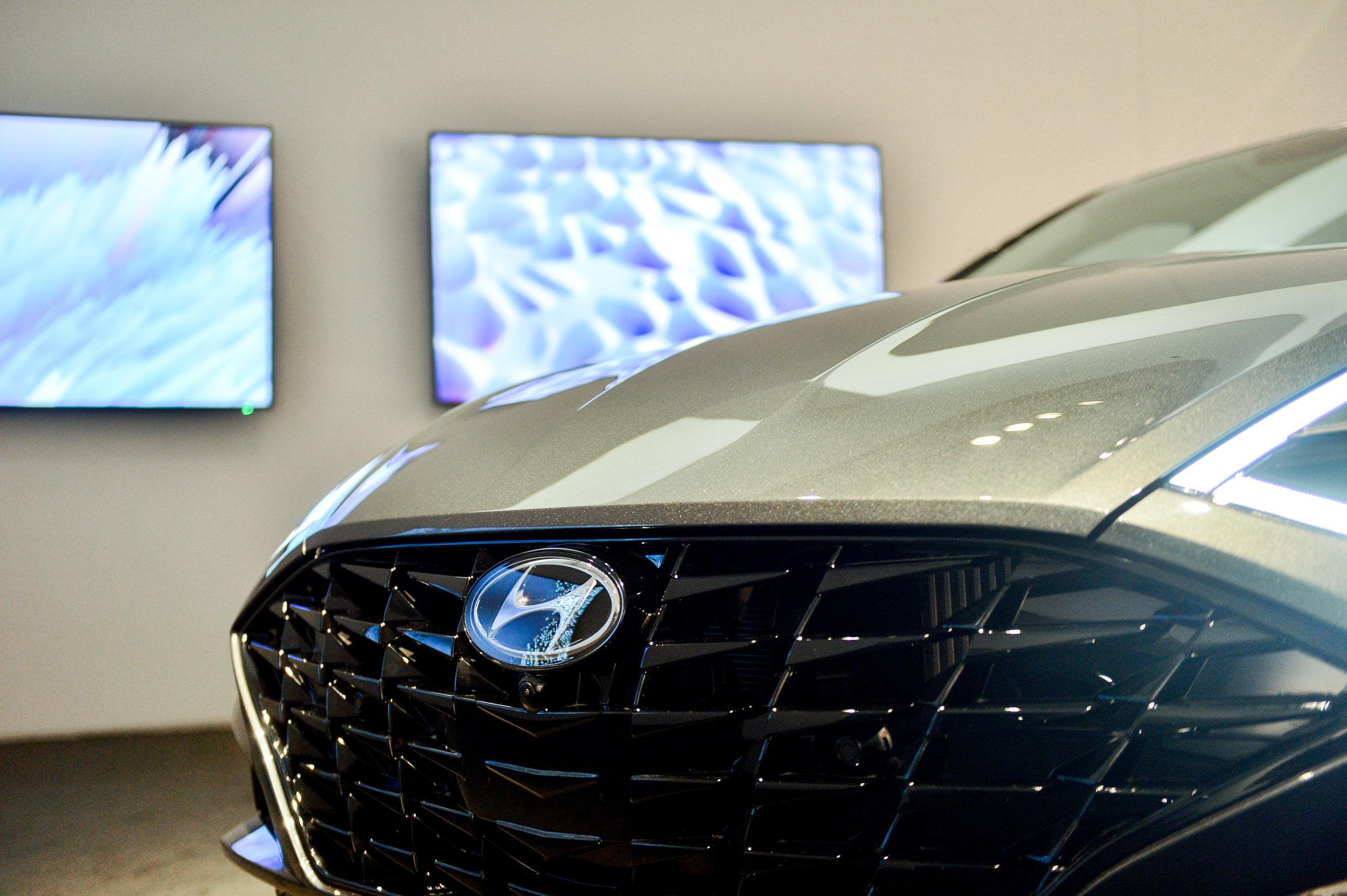 OHelloMedia-Hyundai-Christie'sAuctionHouse-6.26-TopSelect-5845.jpg