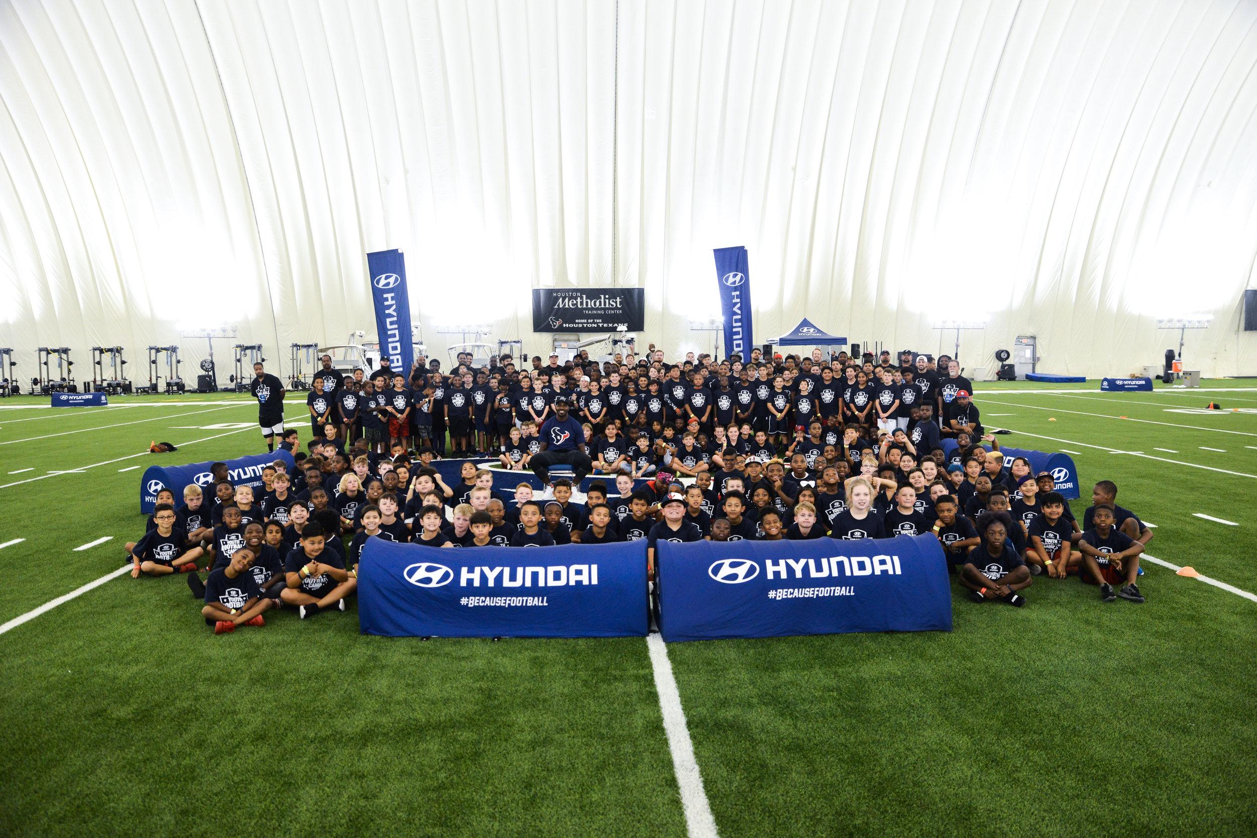 OHelloMedia-Hyundai-YouthFootballCamps-Houston-TopSelect-5087.jpg