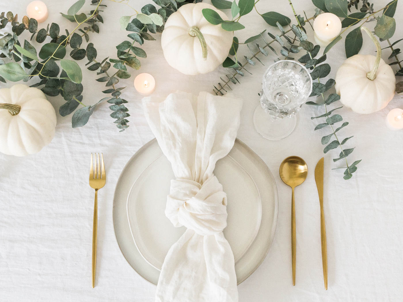 Voyage + Heart - Food Photograpy - Food Styling - Cookbook Photography - Cookbook Stylist - Recipe photographers - Tablescape - Holiday Table Designs - How To Design A Tablescape - Table Styling - Ceramic Artists 1.jpg
