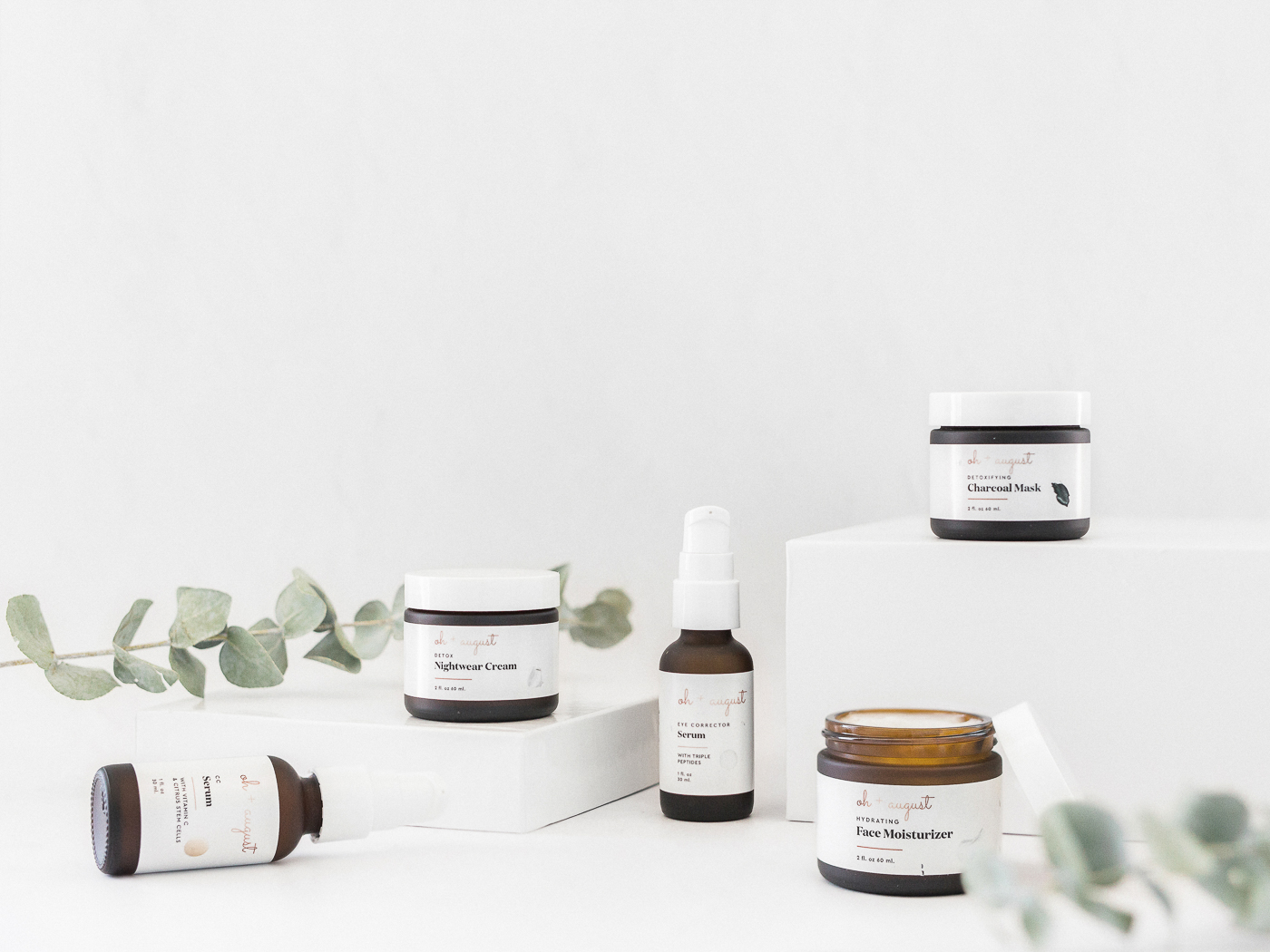 Voyage + Heart - Mail In Product Photography - Product Photography for Skincare Brands - Brand Photography for Natural Skincare Lines - Green Beauty Brands - Oh + August