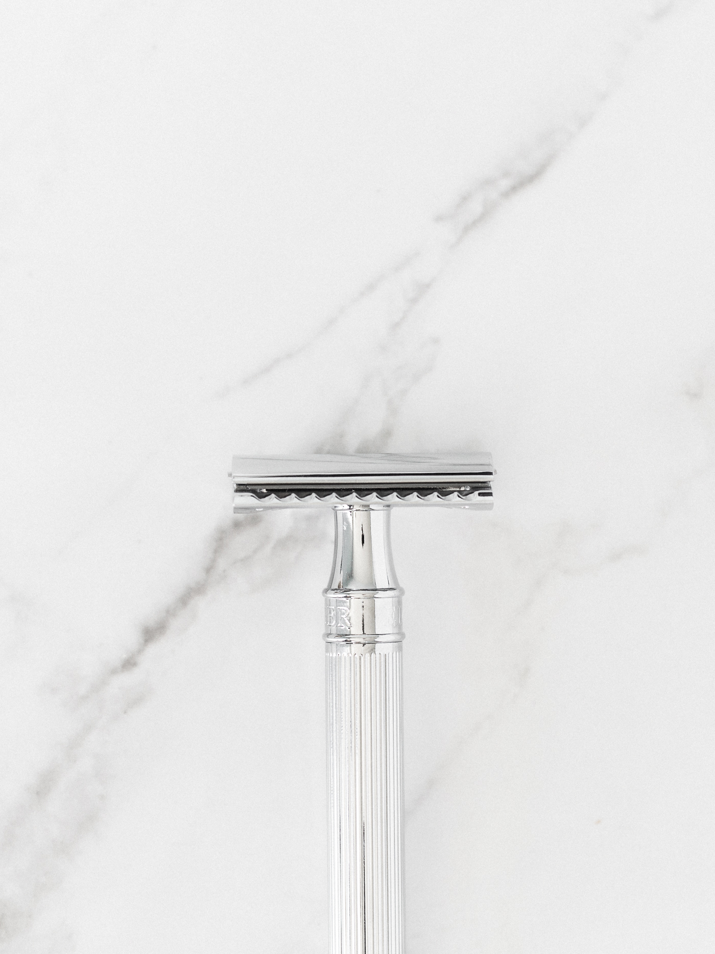 Voyage + Heart - Product Photography for Conscious Brands - Edwin Jagger Safety Razor - E Commerce Photographers for Sustainable Brands - Commercial Photographers - Mail In Product Photography