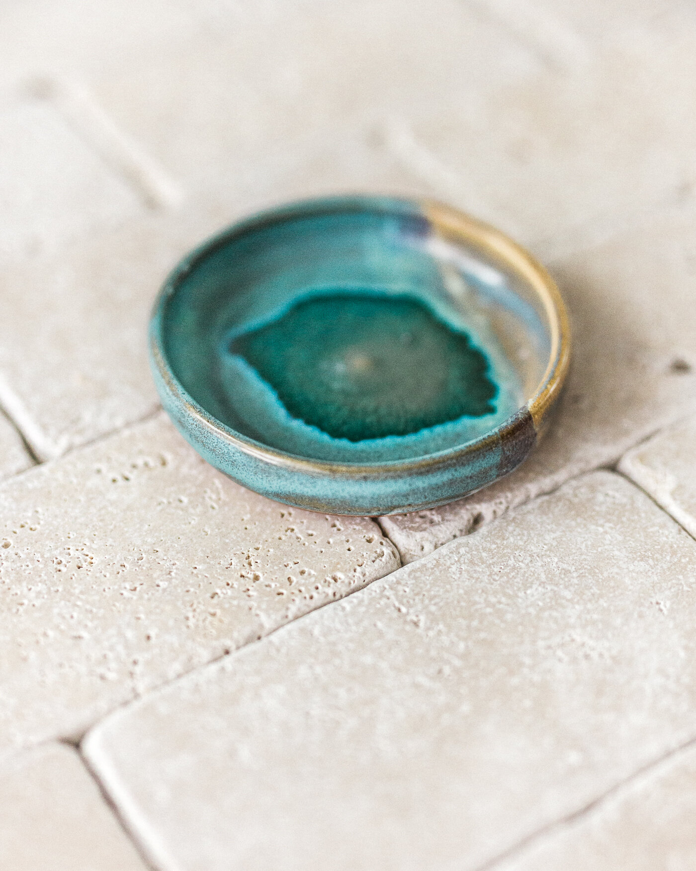 Voyage + Heart - Product Photographers - Commercial Photographers - Art directors - Creative Styling and Product Photography for Artisans and Makers - Wheel Thrown Pottery - Ceramic Artist - Handmade Dish Product Photography