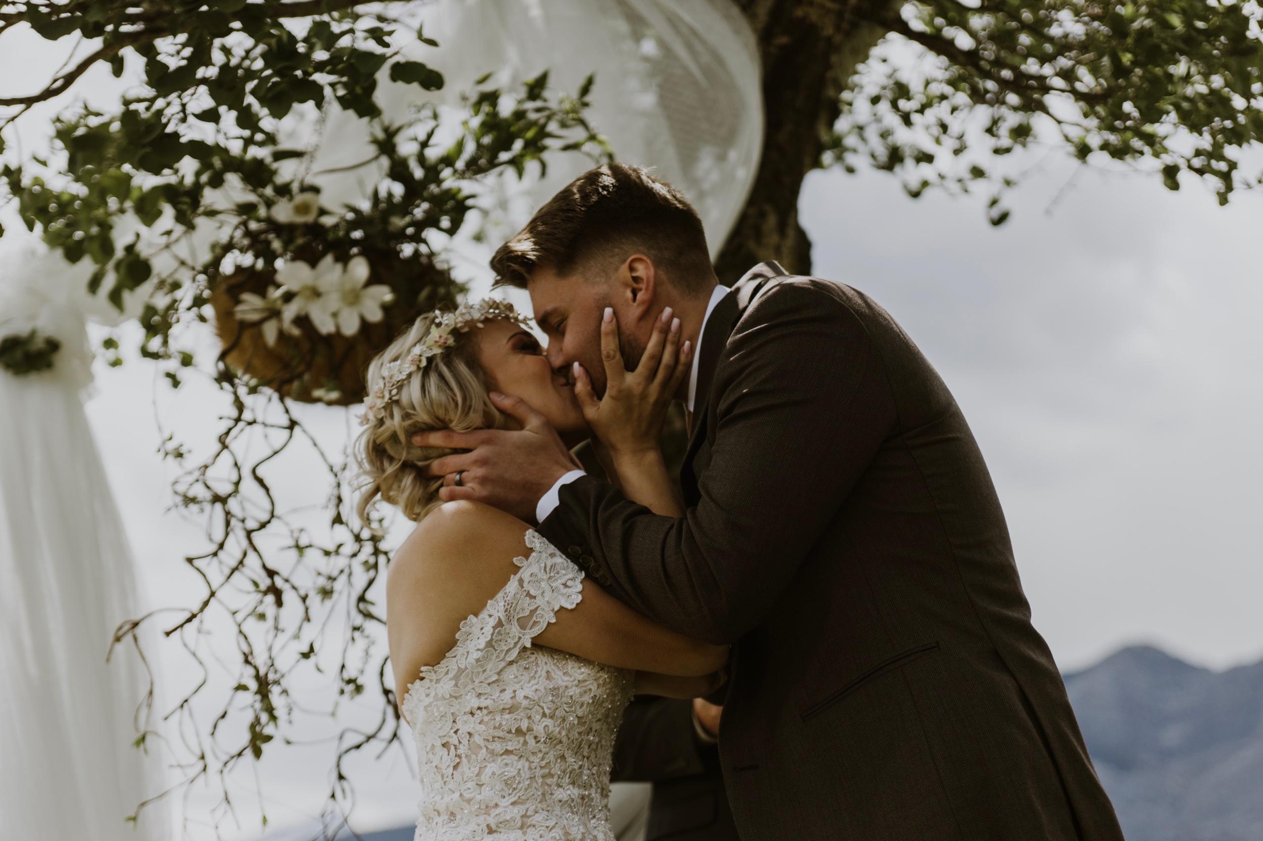calgary-banff-wedding-photographer