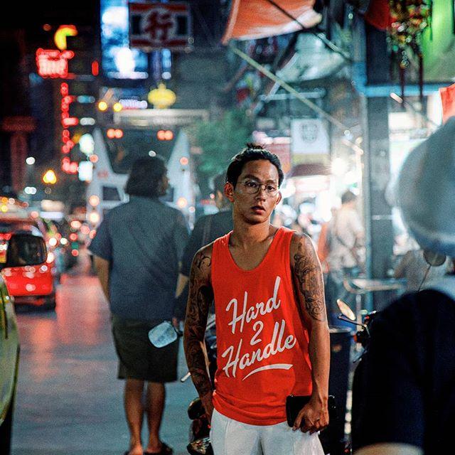 bangkok 2017 . . . . . . #bangkok#thailand#streetphotography#streetphoto#streetportrait#sonya7s#a7s#filmmaking#ishootfilm#35mm#oftheafternoon#ifyouleave#filmphotography#vintagelens#explorethailand#asia#screen_archive#streets_vision#rawurbanshots#streetclassics#street_focus_on#inspirationcultmag#streetweekly#capturestreets