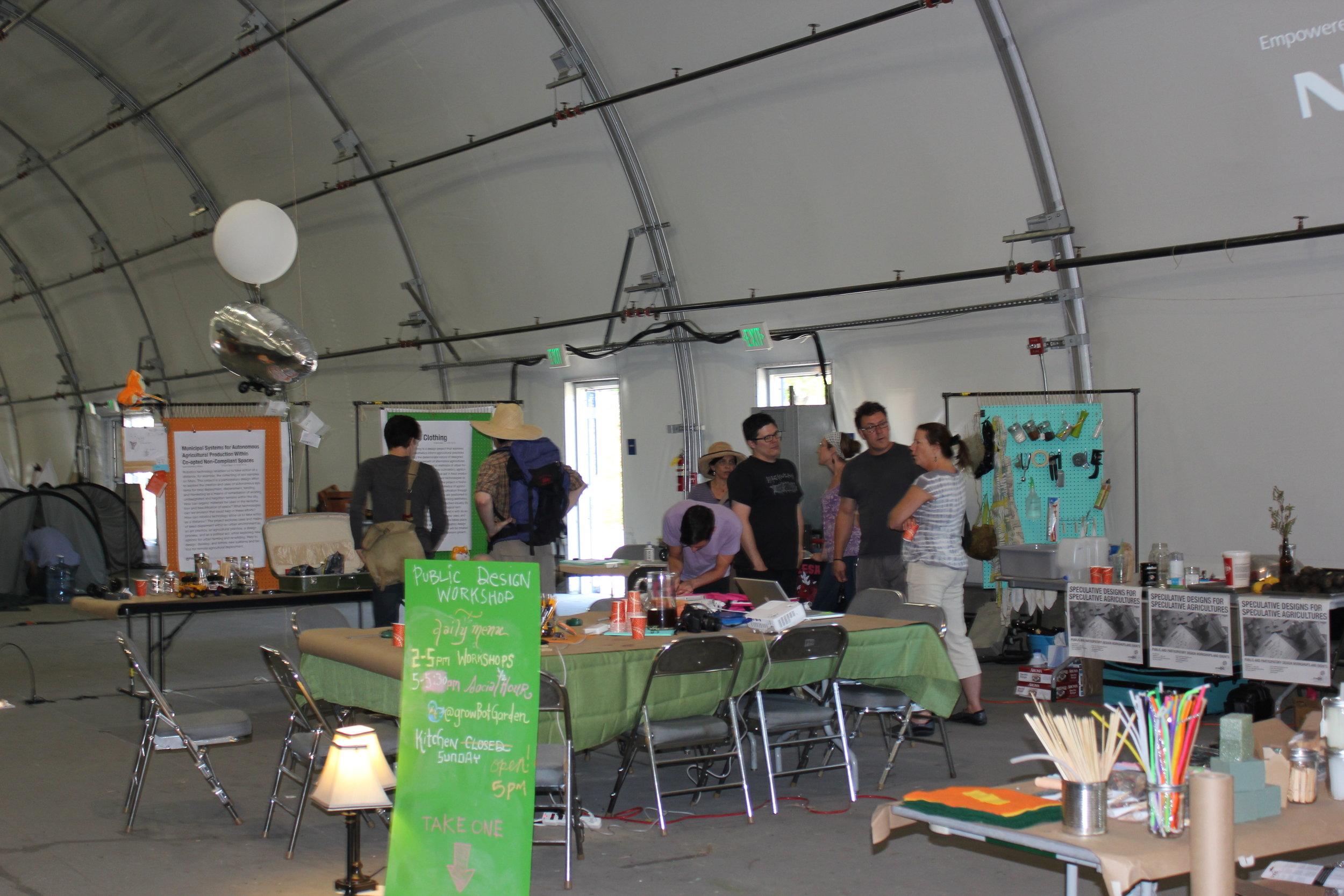 growbot-workshops-in-action_4986919426_o.jpg