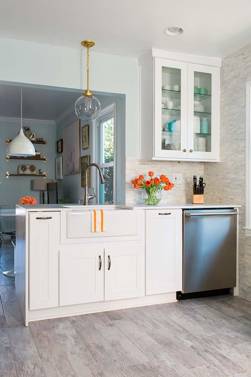 Flynnside-Home-Depot-LayBabyLay-Kitchen_11232015_Rustic-White011.jpg
