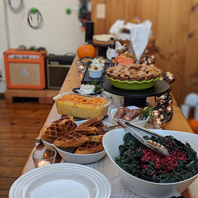 Thanksgiving Brunch // Pomegranate & Kale 🥬 Salad, Buttermilk Waffles // Baked Eggs🍳 in Herbed Cream, Homemade Gravlax 🐟// Bourbon 🥃 Pumpkin Cheesecake, Apple 🍎Compote, Cranberry Syrup, Pumpkin Biscuits // Whipped Feta & Apple Pie // and of course there is a Cheezit topped Mac&Cheese in there because the South is right about that.