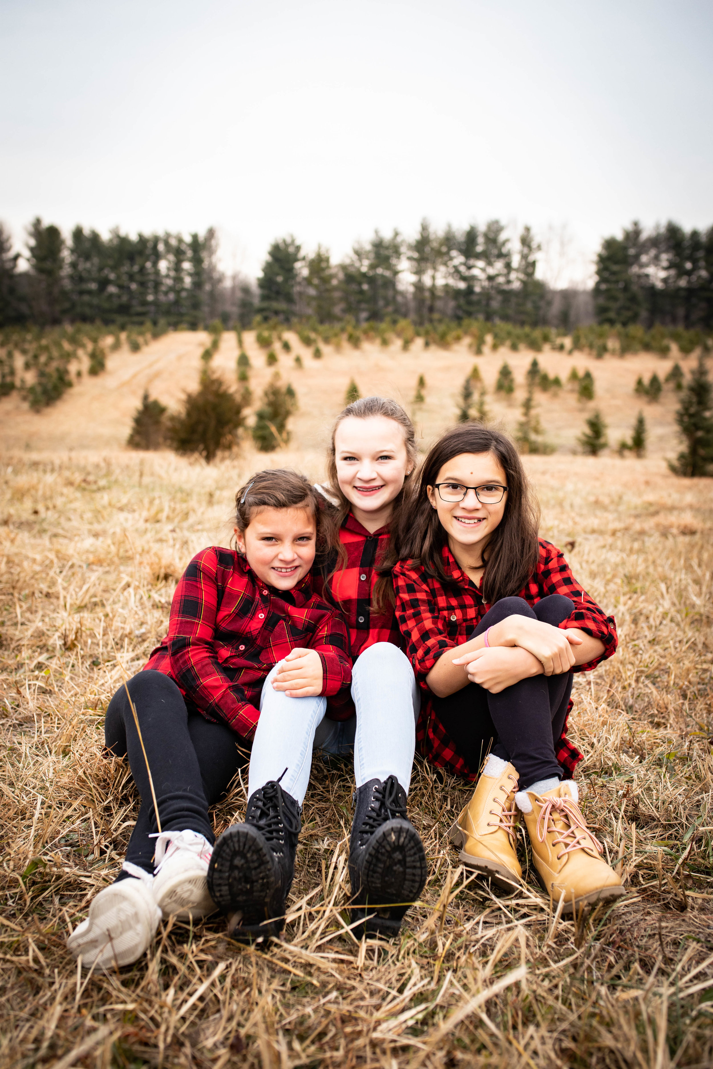 Mini-Session Portrait Package - + 20 minute photography session+ Typically occurs one day per season for all four seasons+ Location will be in Bloomington, Indiana+ Release of images using Dropbox+At least 15 images guaranteedCost: $60Additional:+ Flash Drive : $10