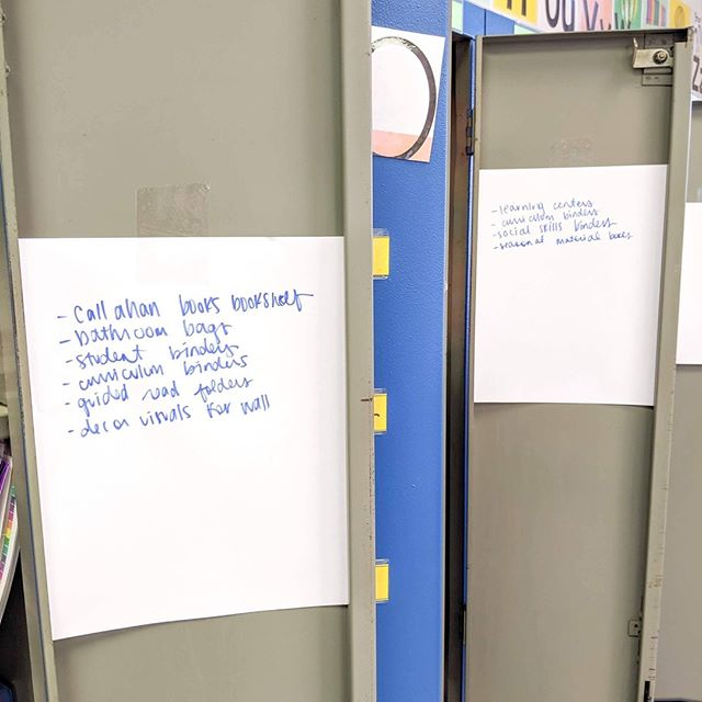 ✨ TEACHER TIME SAVER ✨ Today in the midst of the end of year craziness, I taped some blank pieces of paper on the inside of the lockers I use for storage. As I filled the lockers, I listed what was in there on the paper. Not pretty, but totally functional when I'm looking for things to set up my classroom next year. What's your favorite time saver/organization tip when packing up your classroom?⁣ ⁣ .⁣ .⁣ #thespedcreative #teacher #teacherhack #teacherlife #endoftheyear #endofyear #savetime #organize #lockers #dcteacher #classroom #teachertimesaver #teachertip #teachersofinsta #teachersofinstagram