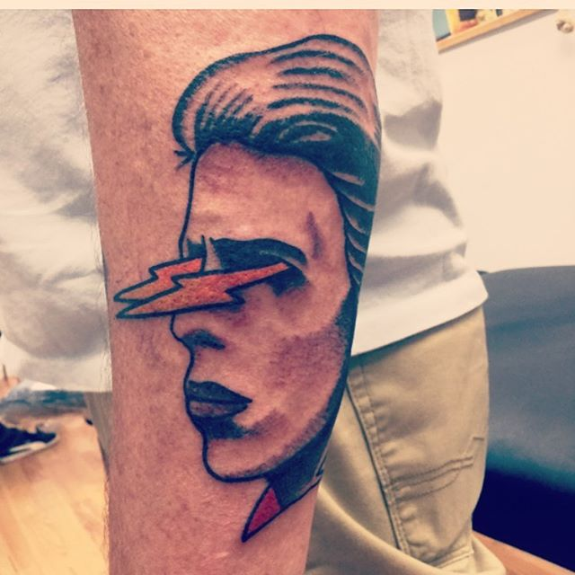 Fun #bowietattoo by @christianminicktattoo over the weekend