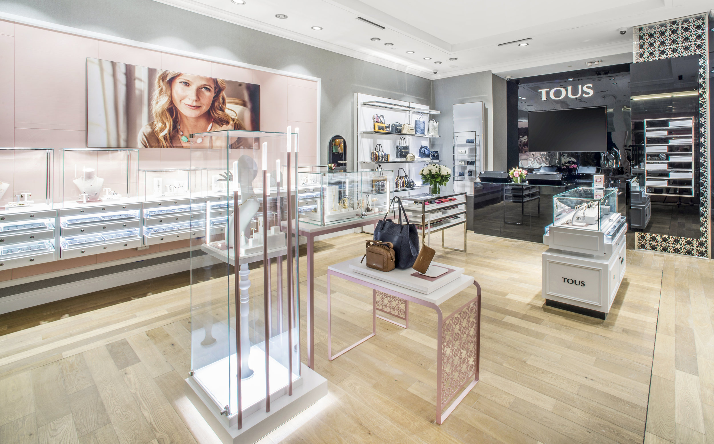 TOUS Westfield Grand Opening 8.19.16 - photo by Andrew Werner.jpg