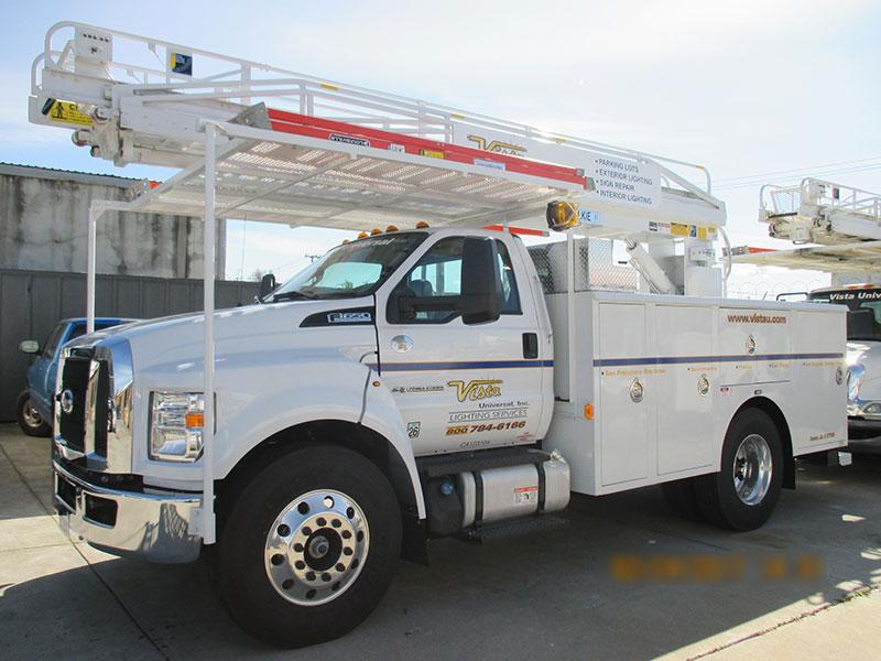 -web-pic-49-ladder-truck.jpg