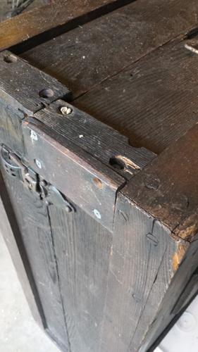 escape box.jpg