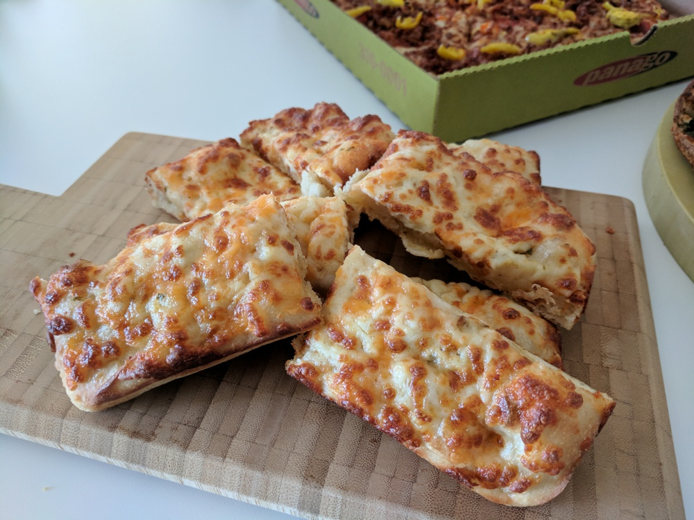PanagoPizza-Goodfoodtoronto2.jpg