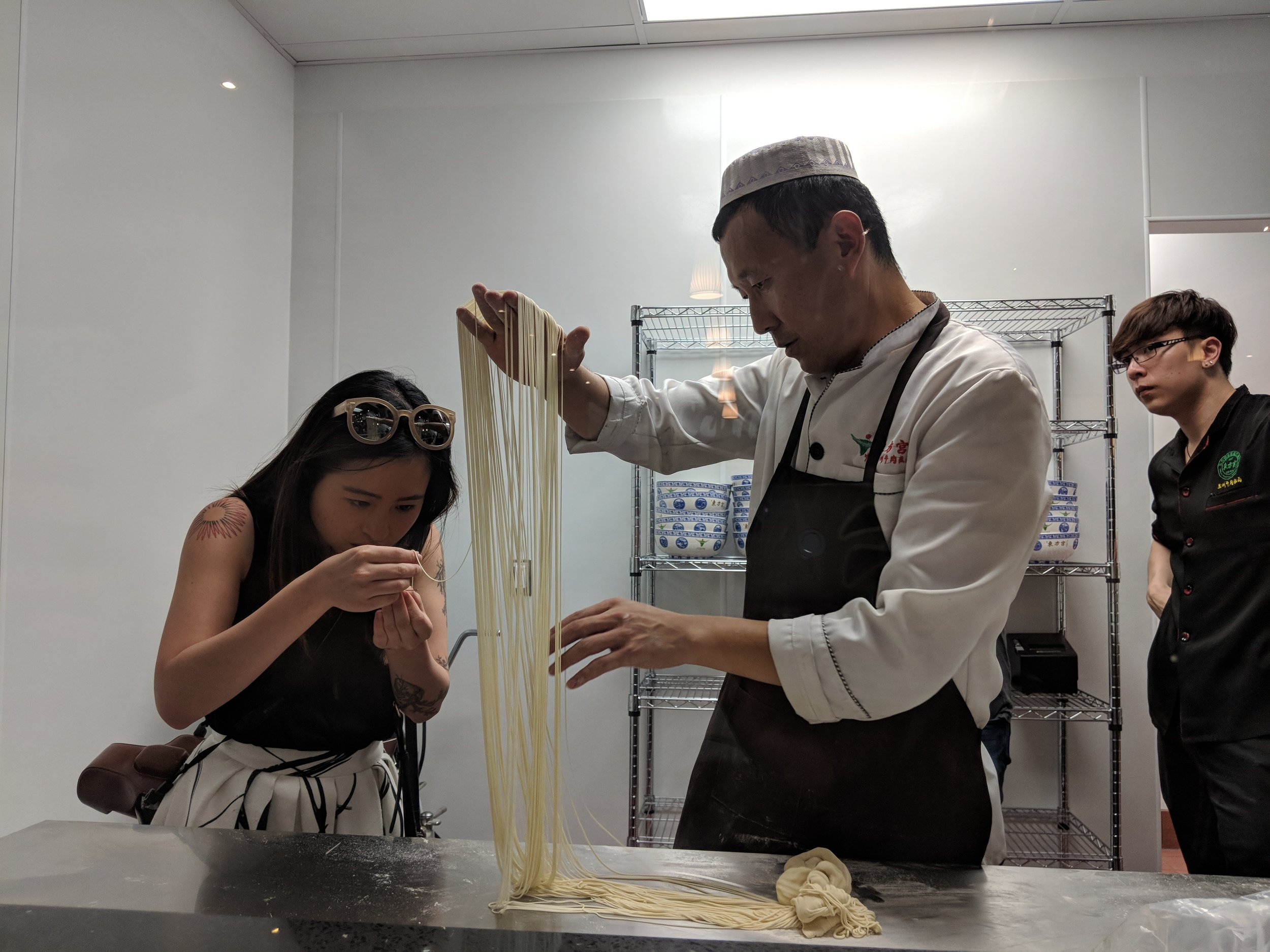 hand pulled noodles omni palace noodle toronto