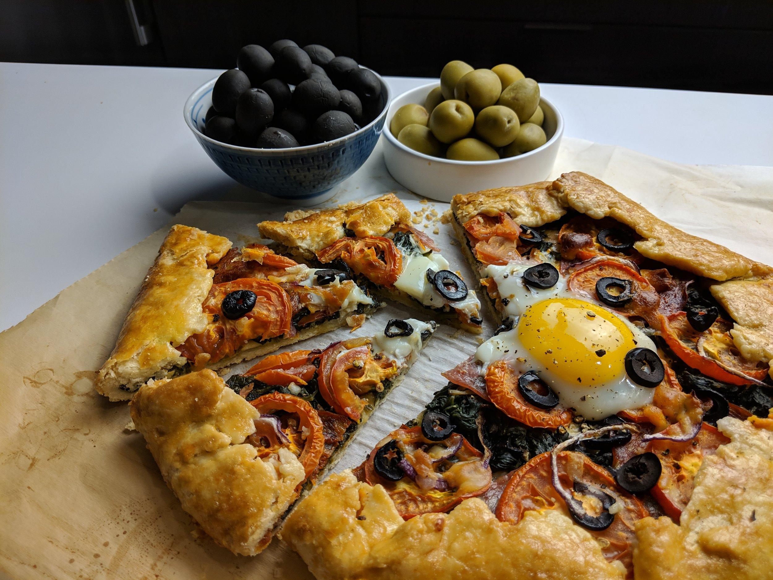 olive savoury breakfast tart slices hojiblanca