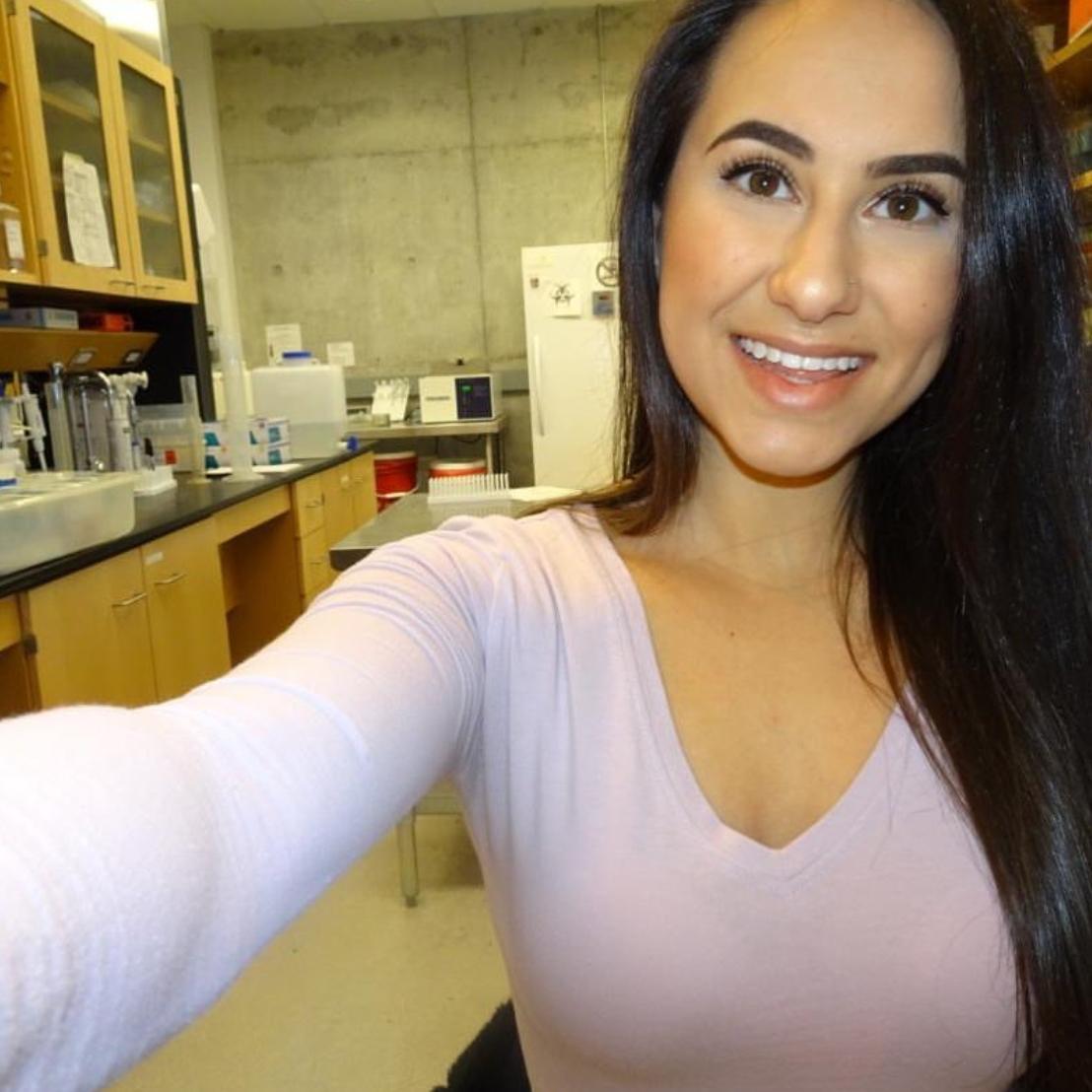 Sarah  @science.bae Specialty: Pharmacology/Parasitology
