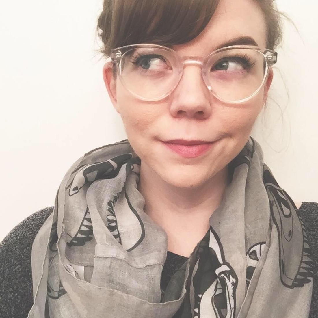 Brittney Stoneburg  @brittandbone Specialty: Paleontology/SciComm
