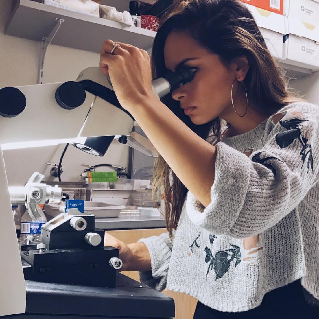 Kellie Ann Jurado  @latina_scientist Specialty: Virology/Immunology