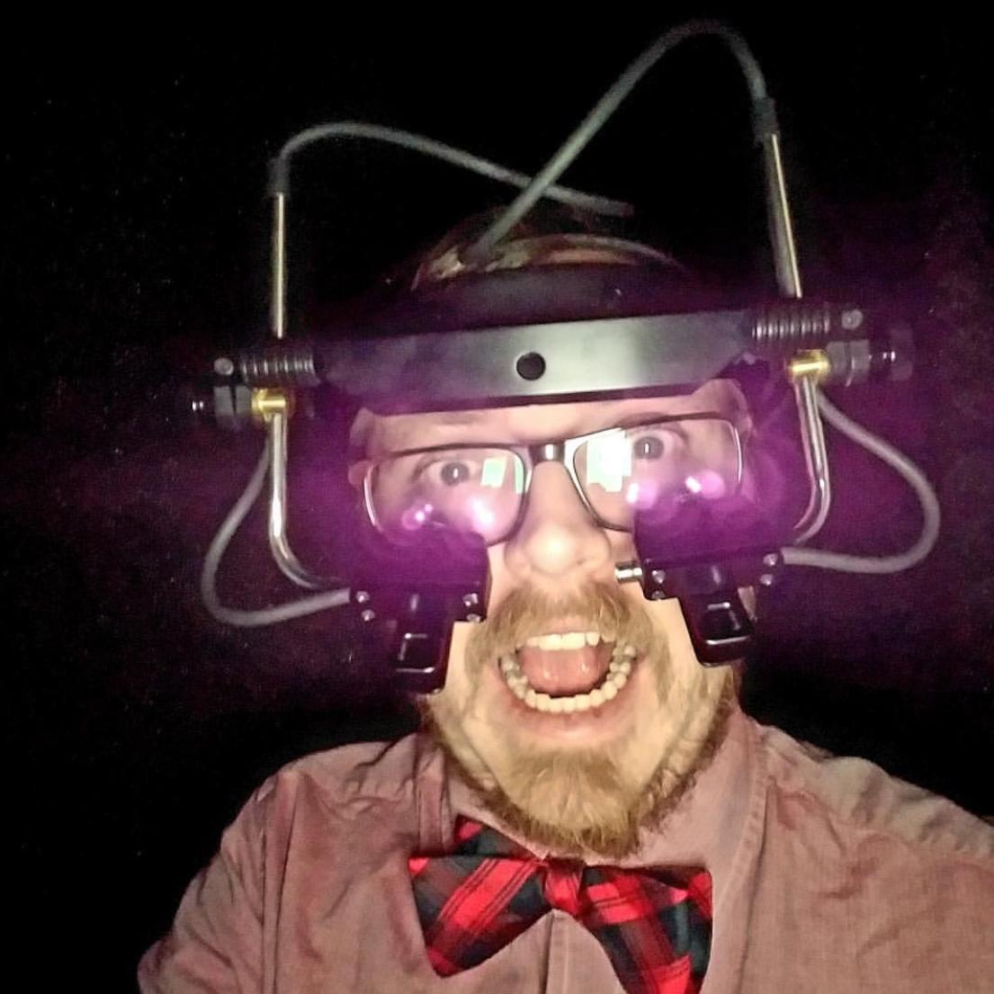 Matt Hudgens-Haney  @drmatthh Specialty: Cognitive Neuroscience