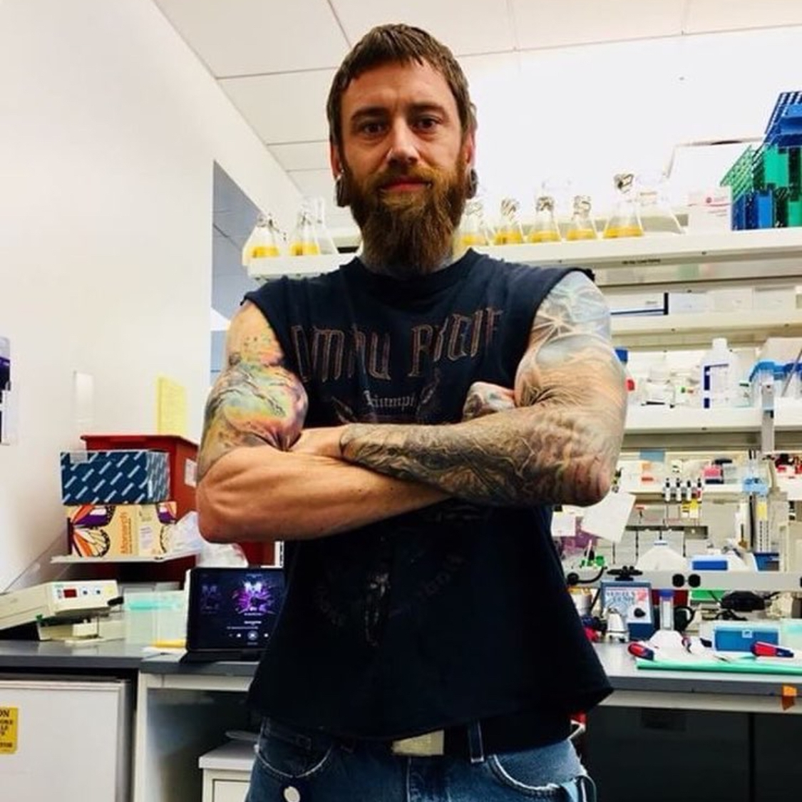 Robert Schafer  @reptilian_scientist Specialty: Molecular Neurogenetics