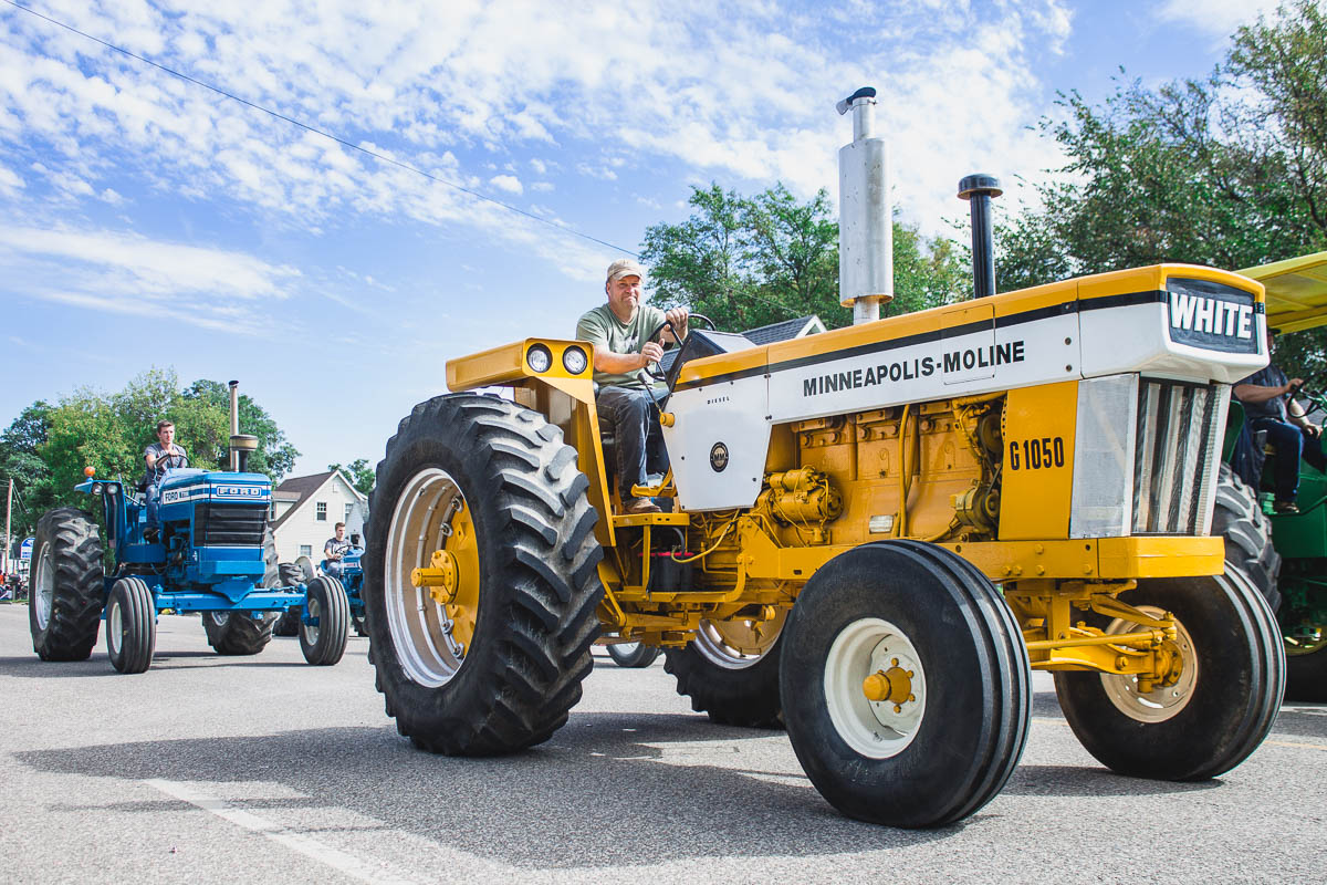 Tractor tour -