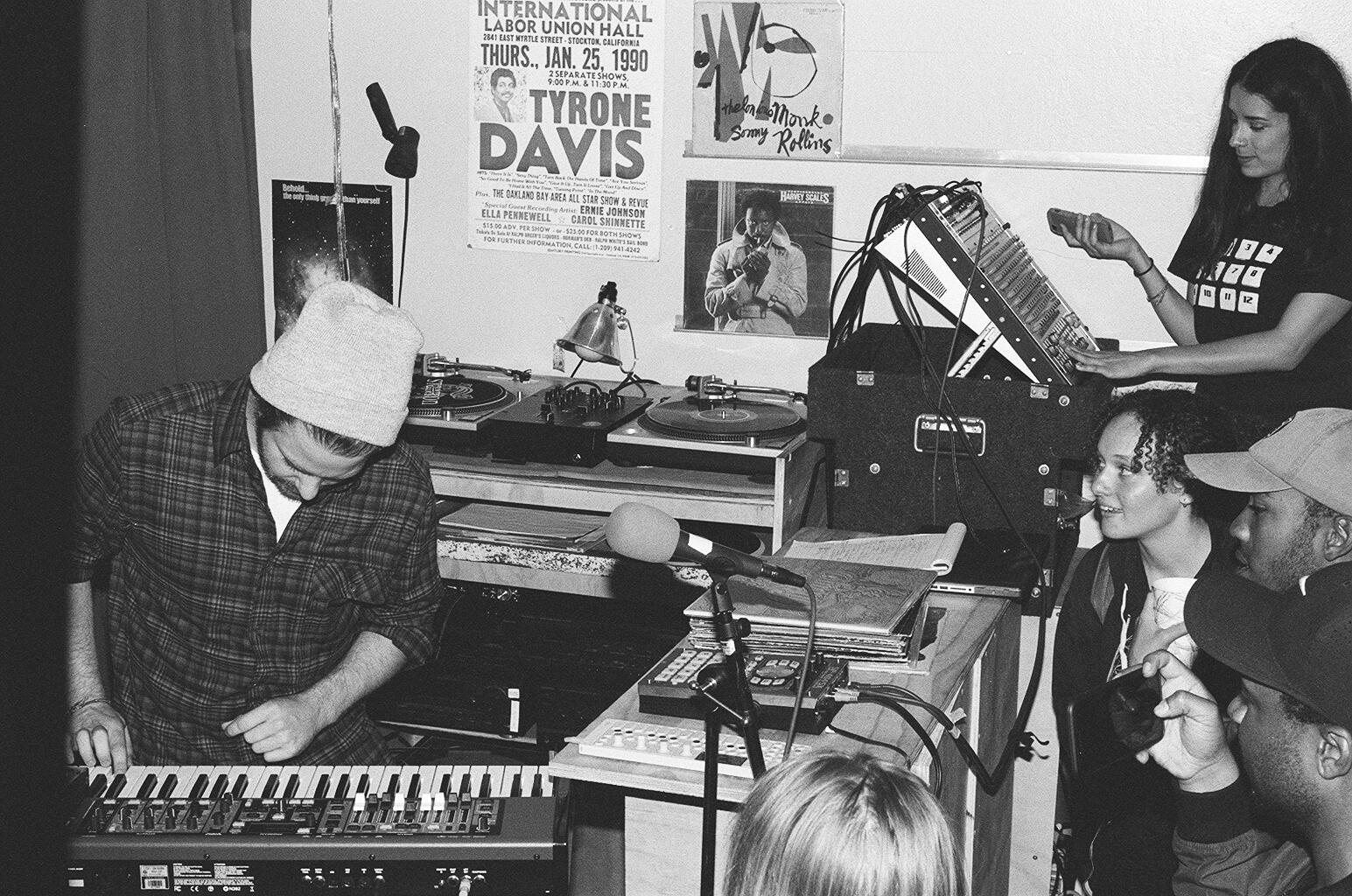 Chris Keys performing at the Beat Shop
