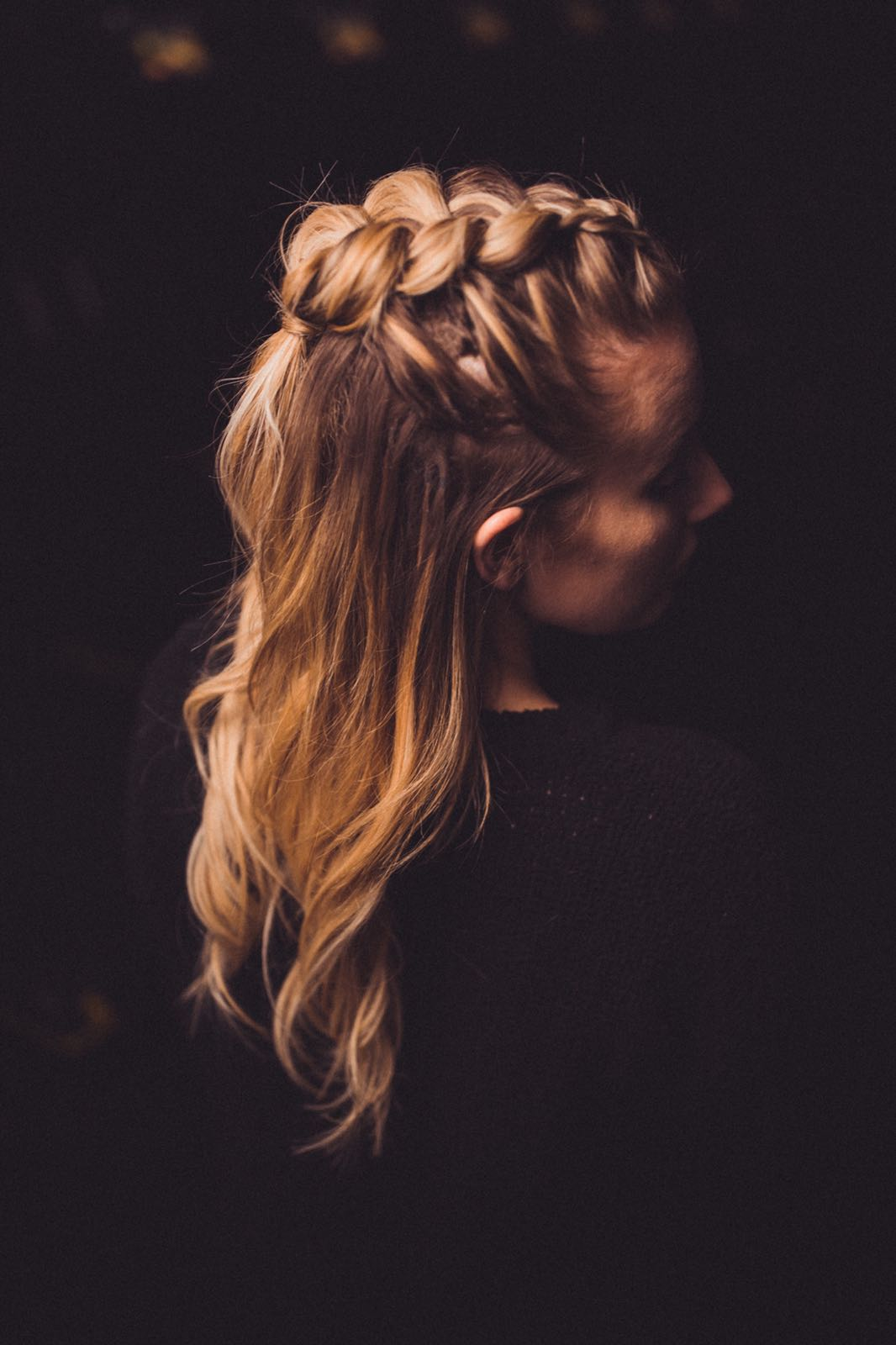 CHRISTIE // Quick fix braid and waves for that half up half down kinda day