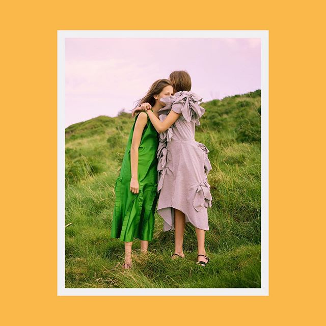 Coming Of Age story Outake #marblemag #paulbarrydesignstudio #girlsboysartpleasure #fashion #style #design #magazine #photo #portrait #seaside #whitstable #twins  Shot by: @charlottehadden  Styling by: @samranger  Hair: @stephentlow  Make-up: @babskymakeup  Nails: @bindiya_malik  Casting: @rebeccaknoxcasting Models: @st.chanot_twins_on_film