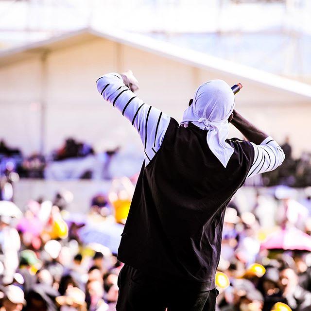Summer Fun in the Sun ☀️ HipHop in Hongyuan, Sichuan, China 🇨🇳 #rapofchina #blackinchina #blackinasia #realhiphophead #blackchinamusic #blackchina #skinnyog #hiphopambassador #hiphopworld #hiphopworldwide #yakmusicfestival #freestyleking #freestylekings #movethecrowd
