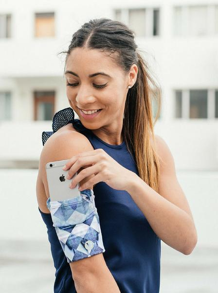 Phone pouch - For the fit mom, you can get a smartphone pouch to use with her runs. Having more than one is preferable, then you can wash them between runs, so even if she already has one this is a nice gift. This one is from Move Pretty