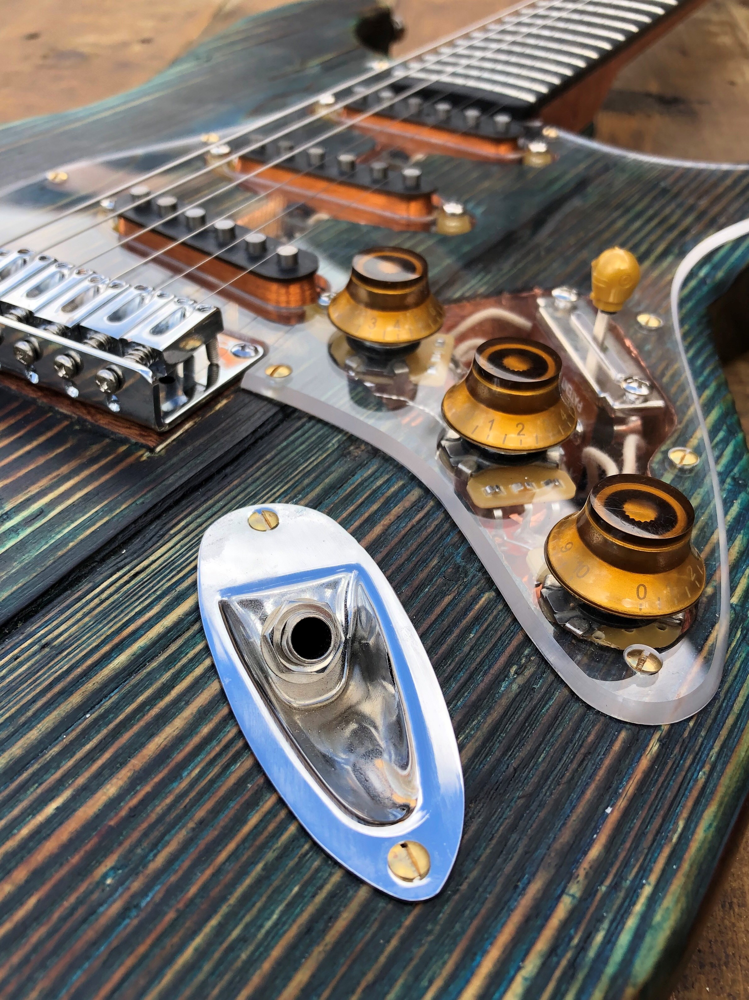 Joes guitar 3.jpg