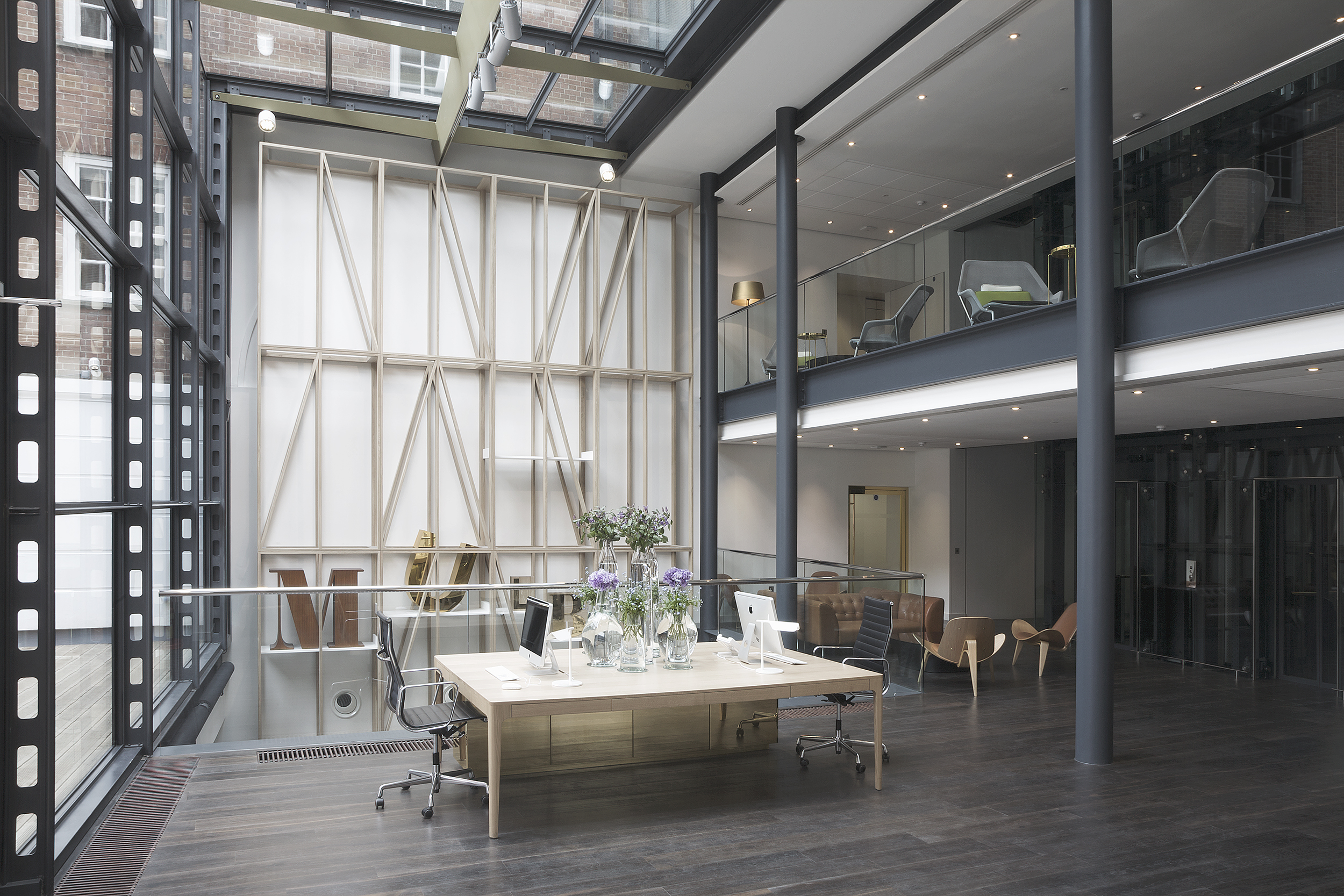 Mulberry office headquarters, London, Universal Design Studio