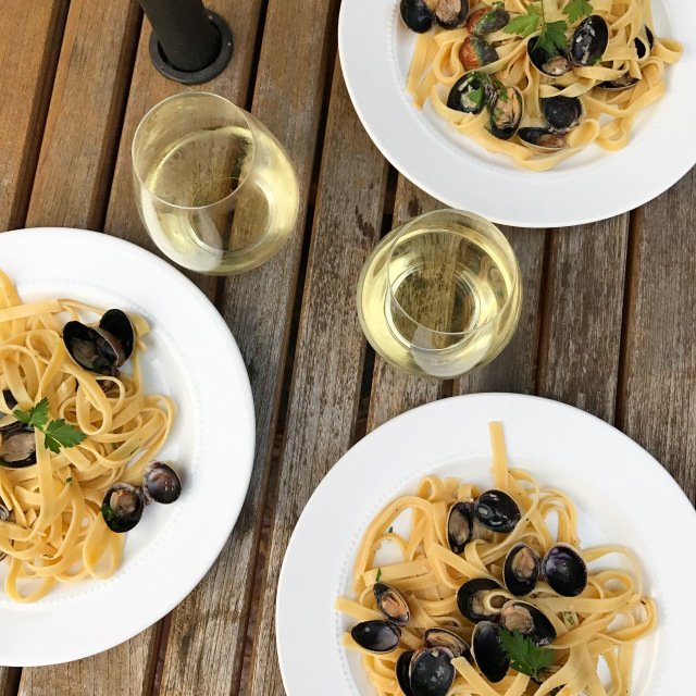 Spicy Clams & Pasta 1.jpg