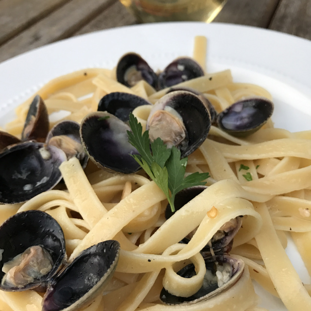 Spicy Clams & Pasta 2.jpg