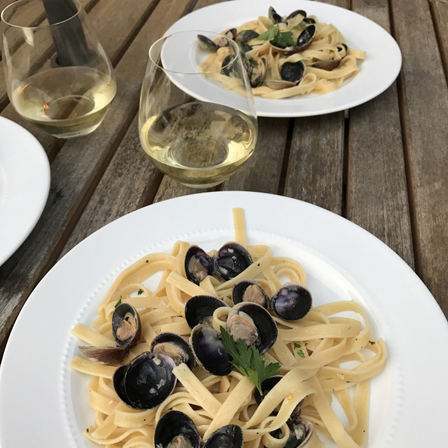 Spicy Clams & Pasta 3.jpg