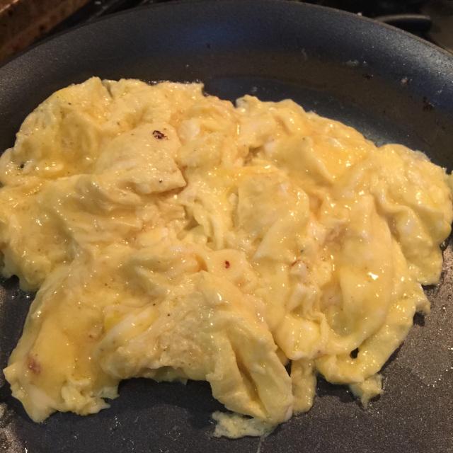Perfect Scrambled Eggs 2.jpg