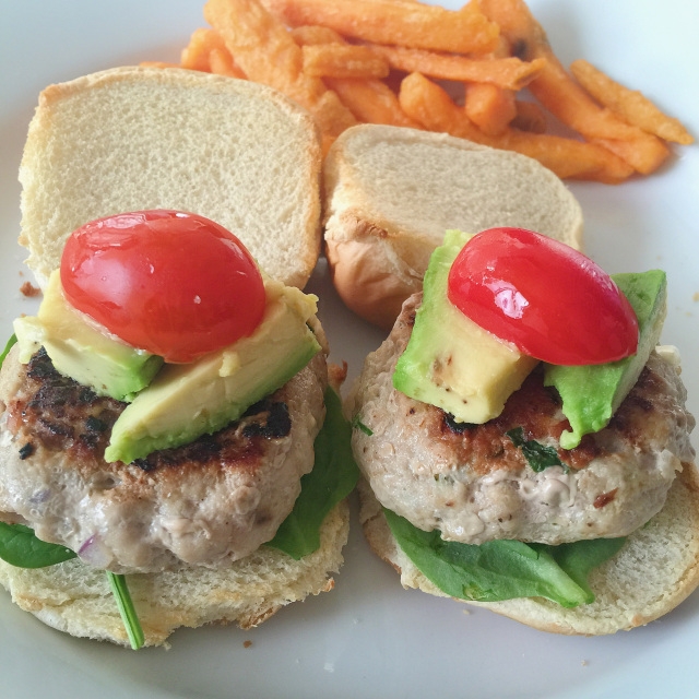 Easy Turkey Burger Sliders 2.jpg