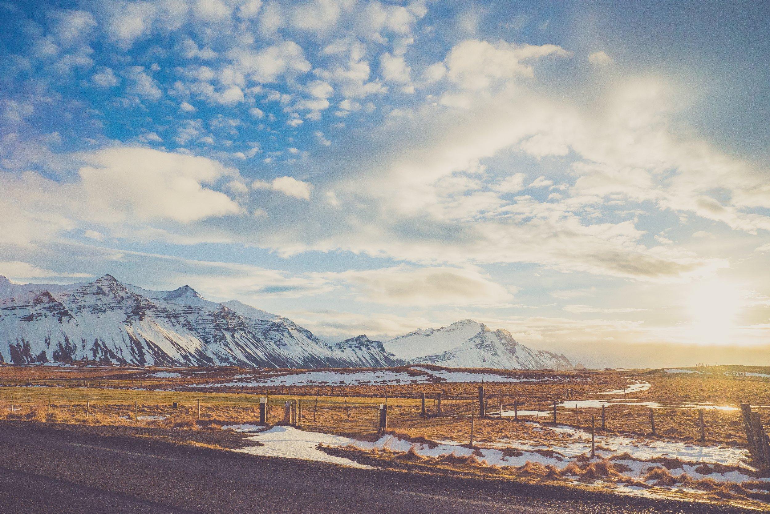 negative-space-vintage-snow-mountain-blue-sky-alexander-dummer.jpg