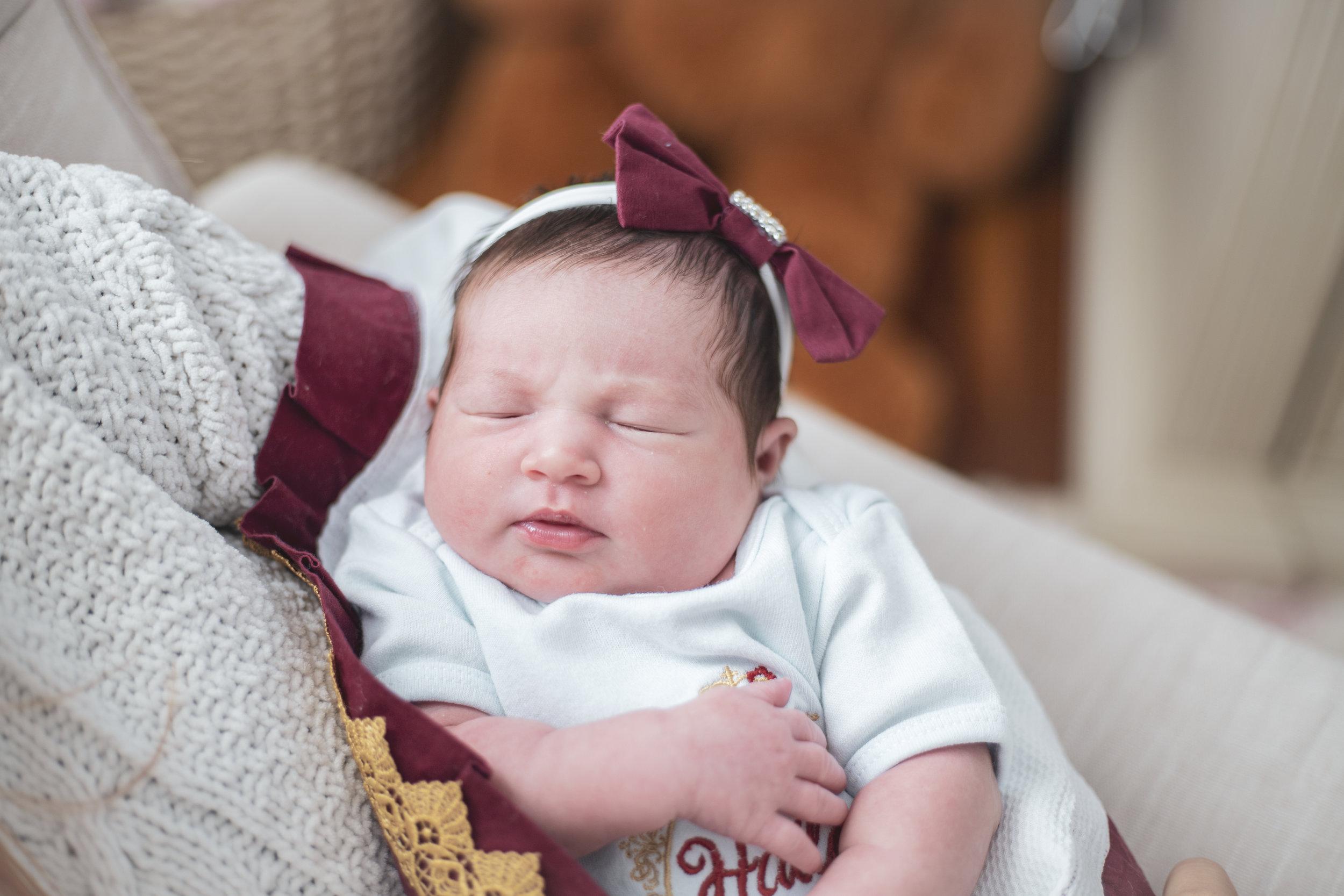 Hailey Newborn28.jpg