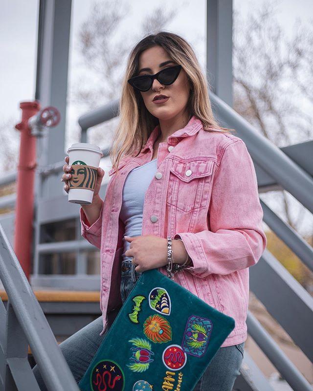 @nataliabettioli bem plena com seu café e indo para seus compromissos 🌸😂💗 amoooo ensaio blogueira 🥰✨🌟