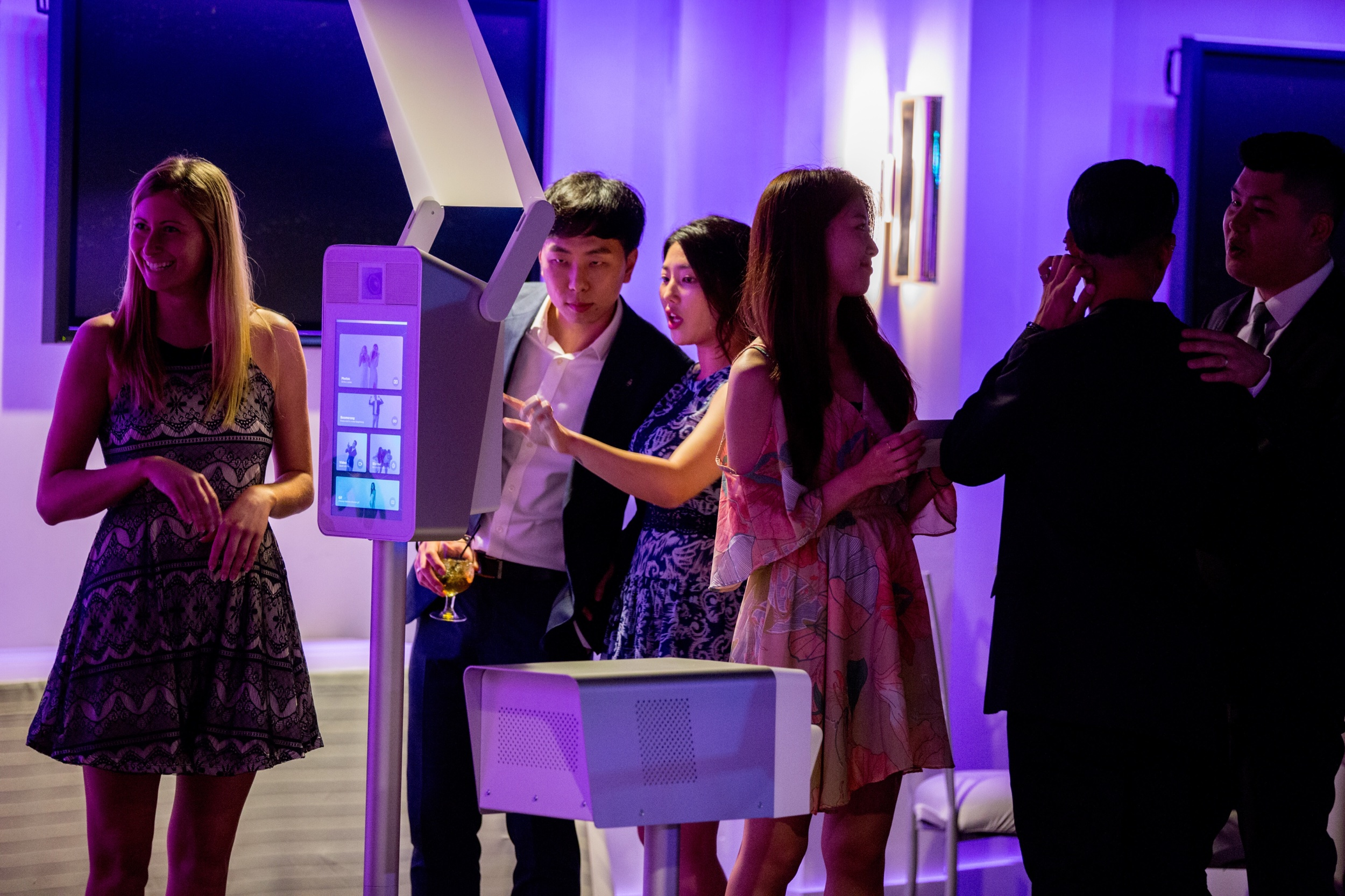 What Does an Elevated Photobooth ATTENDANT DO? -