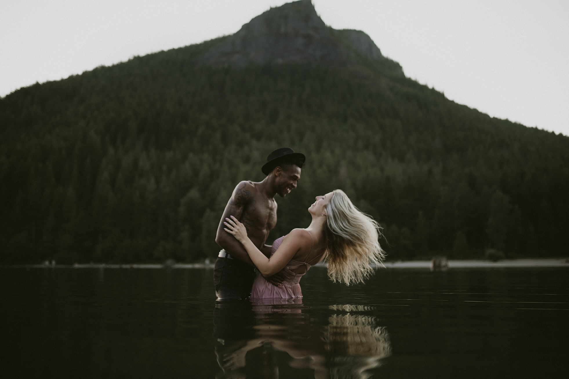 seattle-couples-photographer