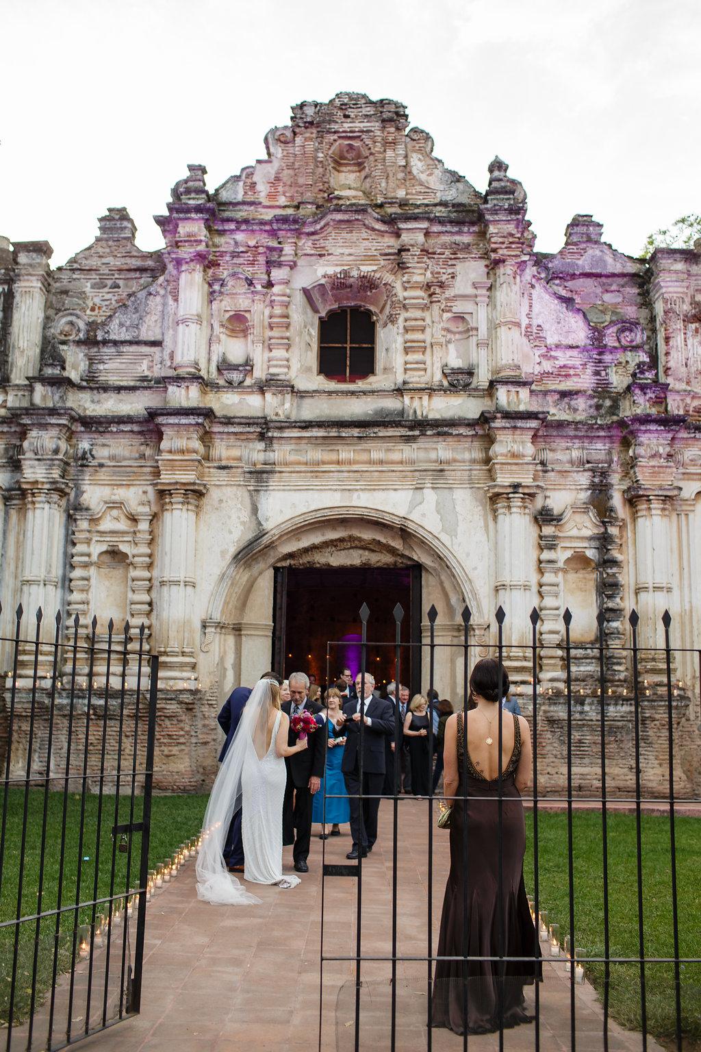 guatemala-destination-wedding-photographer-41.jpg