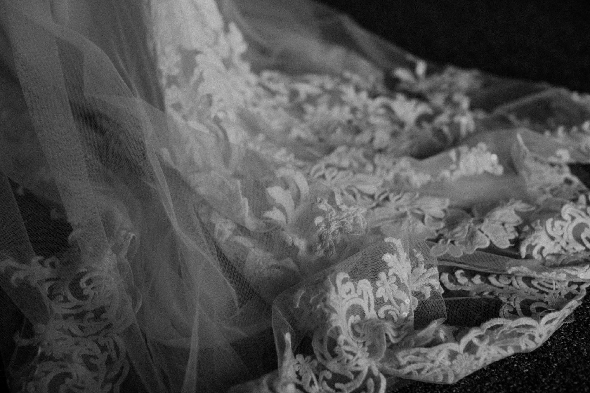 moab-destination-wedding-photographer-12.jpg