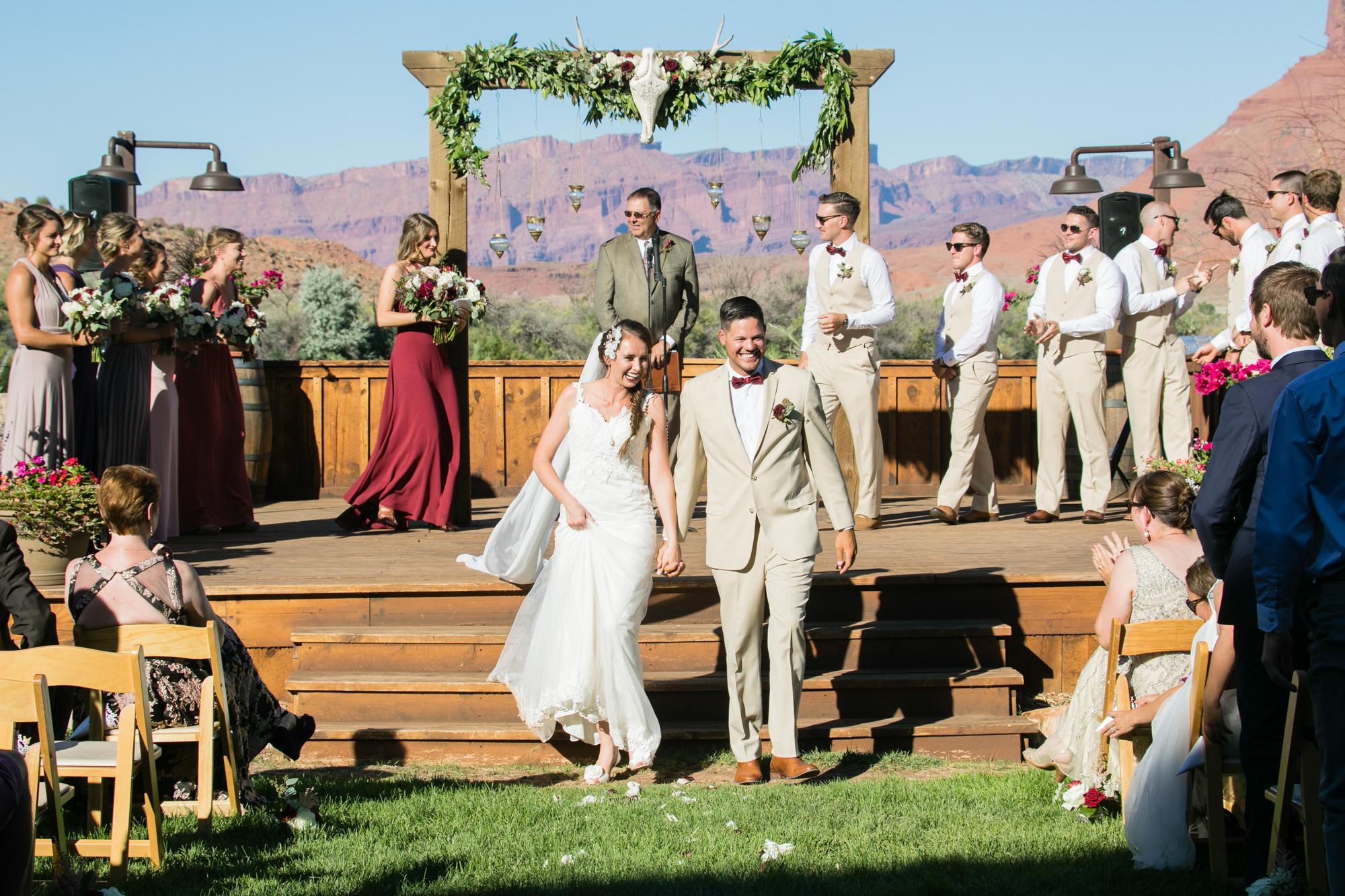moab-destination-wedding-photographer-24.jpg