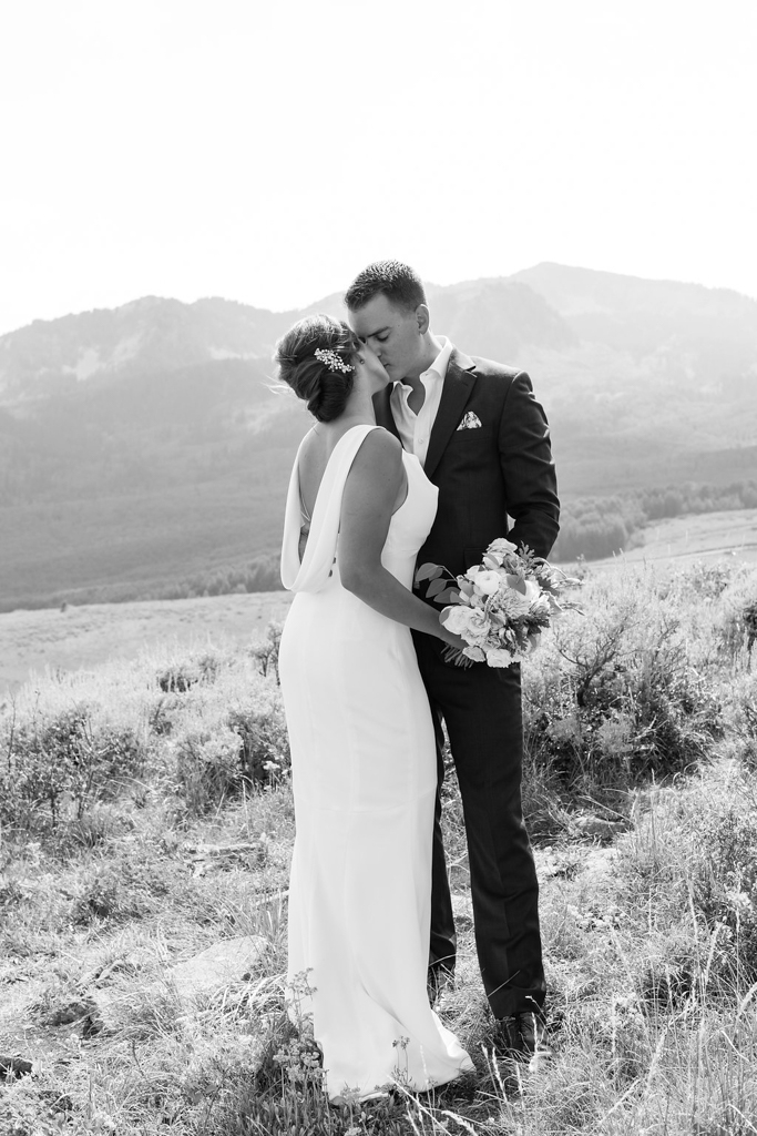 park-city-st-regis-deer-valley-destination-wedding-photographer-20.jpg