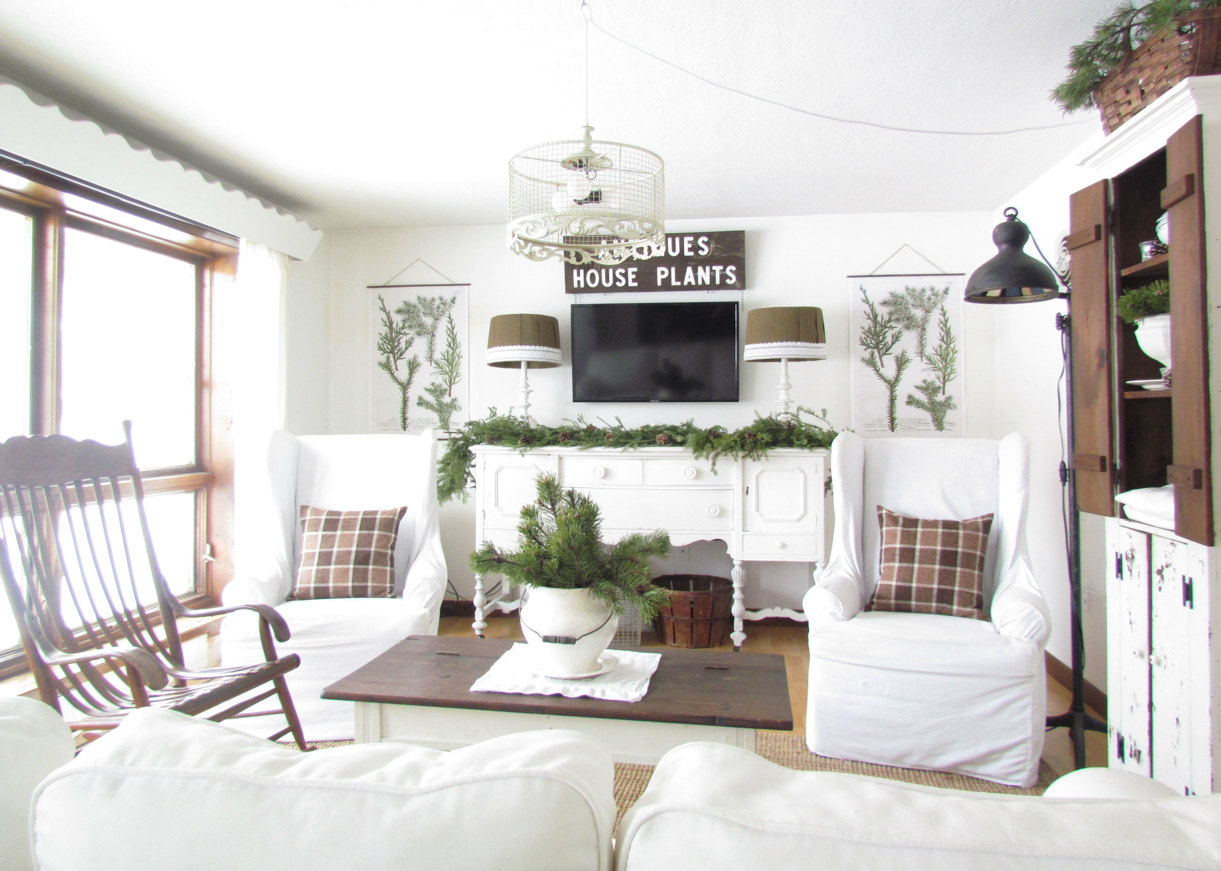 Winter living room.jpg