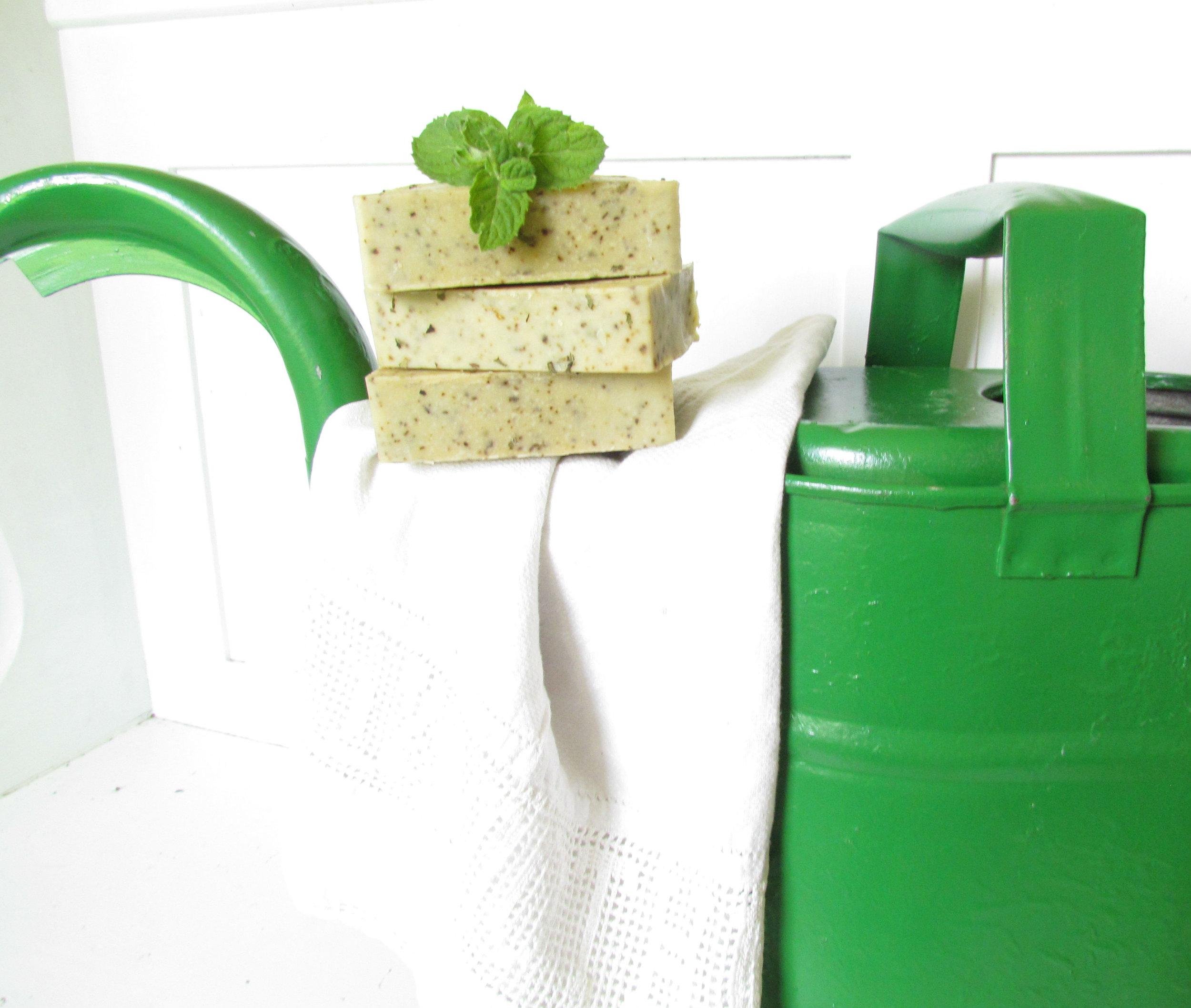 Refreshing garden spearmint sheep milk soap